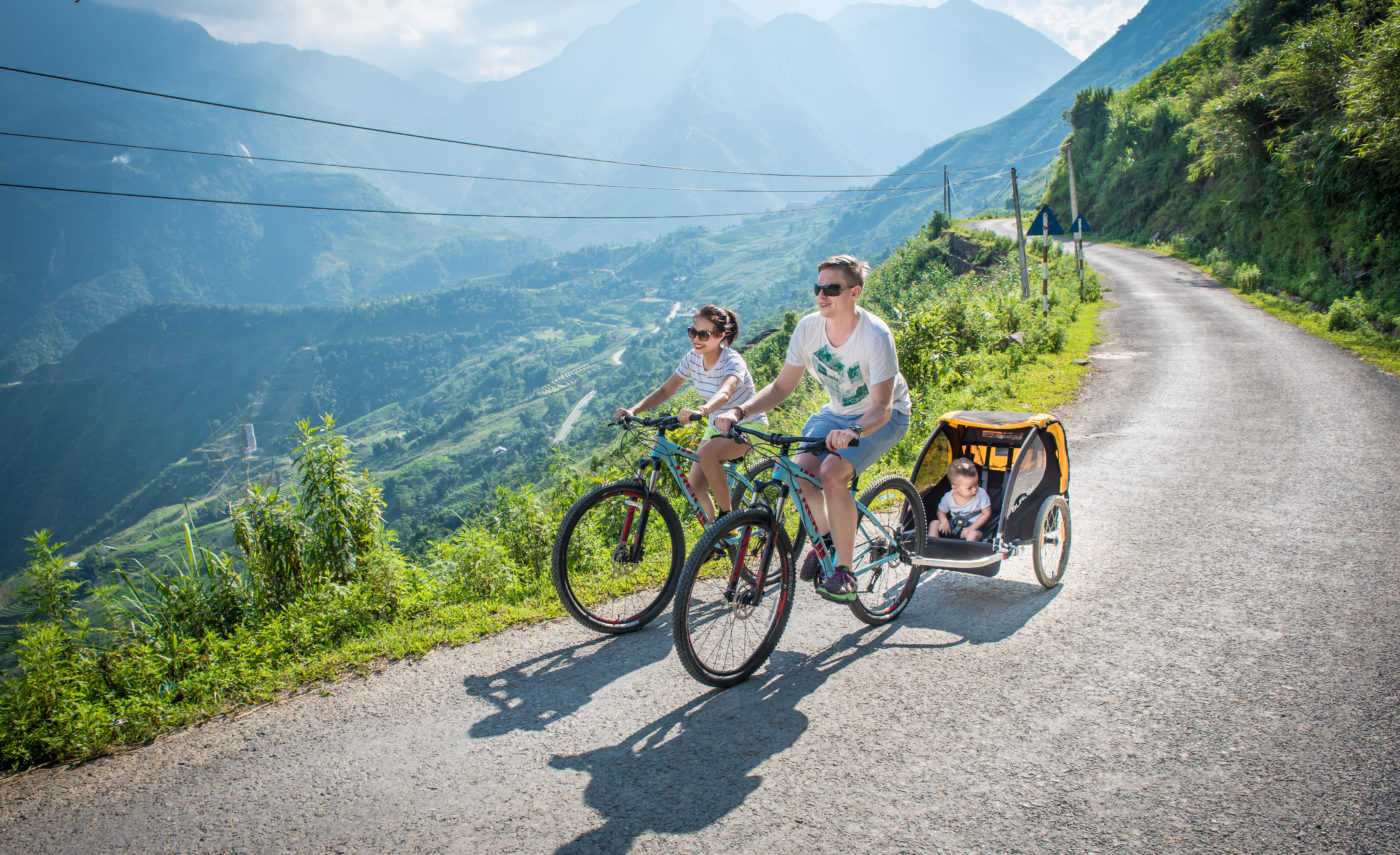 6.Topas_Ecolodge_Biking