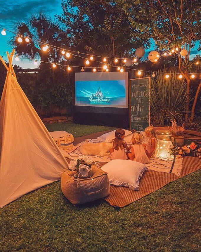 outdoor cinema sample